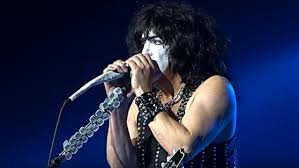 kiss frontman paul stanley recalls ditching makeup talks frankly about gene simmons