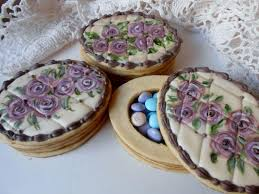 Decorative Cookie Boxes 100 best Decorated Cookies Three Dimensional images on Pinterest 39