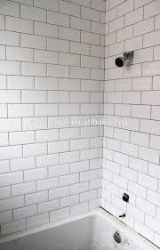 white subway tile wall.  Subway HTB1U1bjGVXXXXbbXFXXq6xXFXXX1 Bevelled Tiles White Glossy Installed 2  HTB1J82fGVXXXXbEXVXXq6xXFXXXM Throughout White Subway Tile Wall