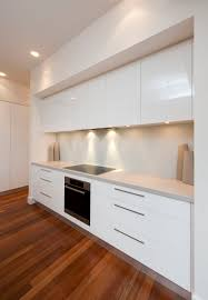 Modern Kitchen Door Handles Caesarstone Haze Bulk Head To Come Out Over Cupboards