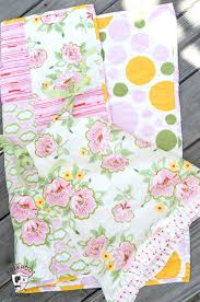 Tutorial: Fat Quarter Baby Dress & Easy Baby Quilt -   Pillowcase ... & Tutorial: Fat Quarter Baby Dress & Easy Baby Quilt - Adamdwight.com