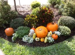 Fall Landscaping 20 Ways To Help Create A Fall Inspired Front Lawn