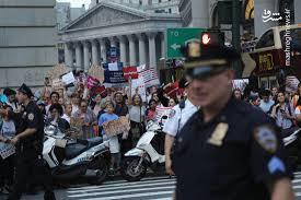 Image result for تظاهرات بیسابقه در آمریکا روانشناسان خواستار کنارهگیری ترامپ شدند