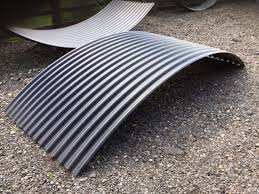 curved corrugated roofing sheet for shepherd hut