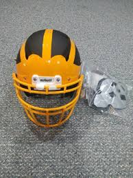 Schutt Vengeance Pro Adult Size Large To Football Helmet 7 5