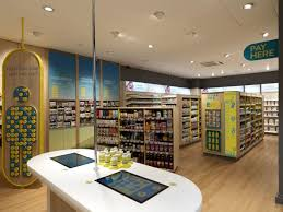 pharmacy design company 85 best interiores farmacia images on pinterest pharmacy