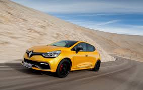 2013 Renault Clio RS 200 EDC Motion Side Angle wallpapers | 2013 ...