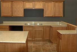 image of 2017 wall color for kitchen with oak cabinets