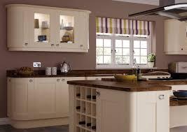 Cream Shaker Kitchen Pendle Kitchens Burnley Kitchen Furniture Suppliers Yell
