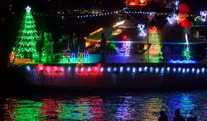 San Diego Bay Parade Of Lights Enchanting Boat Parade Eiffel Towers Light Up San Diego Bay Times Of San Diego
