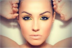 a sharp cat eye like you ll see taylor swift wear is easy to create