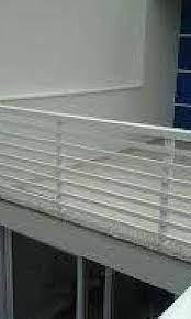 É a parede abaixo da janela. Guarda Corpo De Aluminio Preco