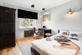 Single Bed Bedroom Single Bed Bedroom In A Large 4 Bedroom And 2 Floor Apartment In