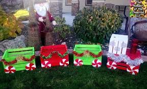 diy outdoor lawn christmas decorations 6 crate train homemade outdoor christmas yard decorations