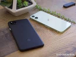 Điện thoại nhỏ gọn đang quay trở lại