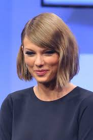 Taylor Swifts Sch Nste Frisuren Vogue