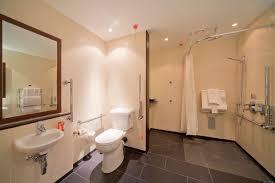 Pregnant Woman Gives Birth In Radisson Edwardian Hotel Bathroom Birth Room Design