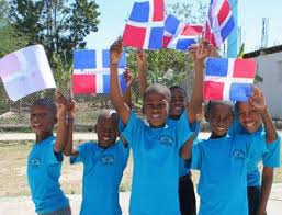 best domincan republic images n republic  peer in the n republic students at schools havfe to wear uniforms