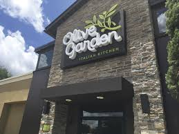 low s young diners fuel olive garden comeback