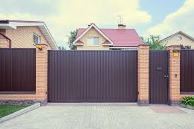 Metal fence design Solid Solid Iron Fencing Makes For The Ultimate In Privacy And Security Nestledco 101 Fence Designs Styles And Ideas backyard Fencing