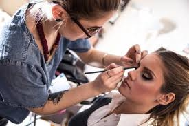 how to bee a professional makeup artist for mac cosmetics practice makeup application