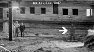 abraham lincoln ghost caught on tape. u0027worldu0027s best everu0027 ghost photo u0027shows abraham lincoln at white house in 1950u0027 weird news expresscouk abraham lincoln caught on tape t