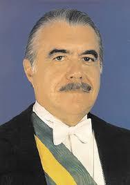 Resultado de imagem para José Sarney, presidente do Brasil, visita Portugal