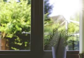 Anleitung Wie Man Fensterfolien Montiert Jetzt Auf Wwwimmobilien