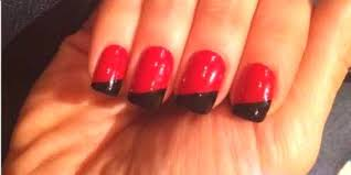 červené Nehty Na Ruce Možnosti Pro Manikúru S černou Bílou