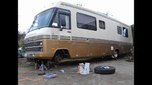 How to Replace Front Air Springs on 1963-99 P30 Motorhome RV ...