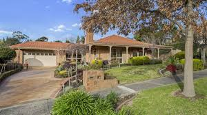 templestowe couple home to family