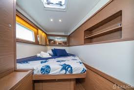 Boat Lights For Cabins Lagoon 450 Sport Lux Equipped With Generator A C Saloon