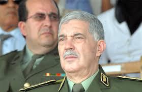 Le général-major Ahmed Boustila, commandant de la gendarmerie nationale a plaidé, jeudi à Alger, pour «une exploitation rationnelle» des ressources humaines ... - actualite2%5B51048%5D