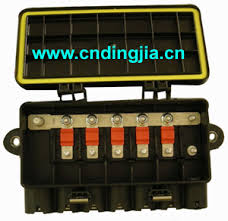 auto fuse box 41221026 504071256 for iveco truck stralis buy truck fuse box auto fuse box 41221026 504071256 for iveco truck stralis