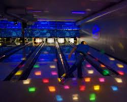 Light Bowling File Light Bowling Jpg Wikimedia Commons