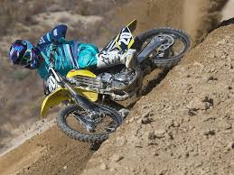 2018 suzuki motocross. beautiful suzuki the only changes made to the suzuki rmz250 for 2018 are cosmetic inside suzuki motocross