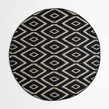 kite kilim rug 6 round iron straw
