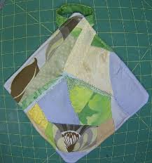 crazy quilt pot holder tutorial