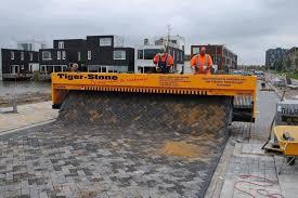 Tiger Stone Paving Machine, tiger stone, paving machine, tiger stone  machine. amazing