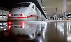 Ticketerstattung auch bei streik möglich darüber hinaus gelten die üblichen fahrgastrechte. Deutsche Bahn Tarifverhandlung Bahn Droht Wegen Tarifstreit Streik