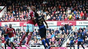 The forward collided with ogbonna after. West Ham United 2 1 Manchester City Bbc Sport