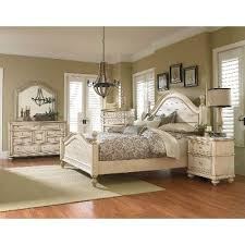 Captivating Clearance Antique White 6 Piece King Bedroom Set   Heritage