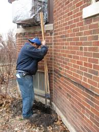 Foundation Crack Repair Methods And What To Consider - Exterior brick repair