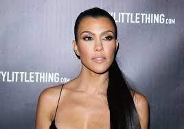 KUWTK: Kourtney Kardashian Looks ...