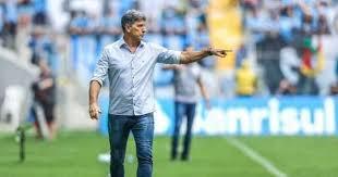 Romildo aguarda aval de Renato para tomar decisão no Grêmio