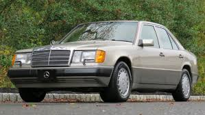 New plugs, cap, rotor have it running and starting after warm up, yay progress! 1991 Mercedes Benz 300e Vin Wdbea30e9mb430750 Classic Com