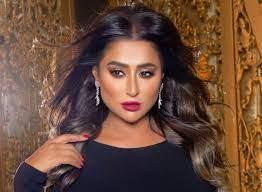 شيماء سبت تنشر فيديو لها خلال تلقيها لقاح كورونا