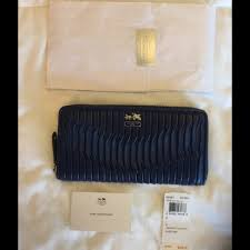 NWT COACH Gathered Leather Accordion Zip Wallet ...