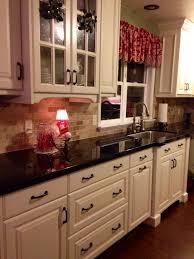 off white kitchen cabinets dark floors. 19 Antique White Kitchen Cabinets Ideas With Picture [BEST] | Ivory Cabinets, And Kitchens Off Dark Floors N