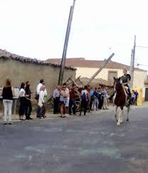 ENTRESIERRAS Revista Digital #Salamanca: Cintas para una tradición en  Galinduste